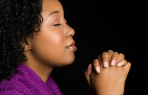 2-11-black-woman-purple-jumper-praying-11